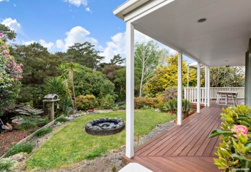 Unsworth Heights, Parkside Paradise - Subdivision & Granny Flat Potential, Property ID: 796705 | Barfoot & Thompson