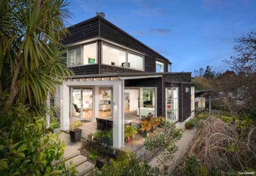 Mission Bay, Superb Shanahan Design; Glorious Garden Retreat, Property ID: 796918 | Barfoot & Thompson