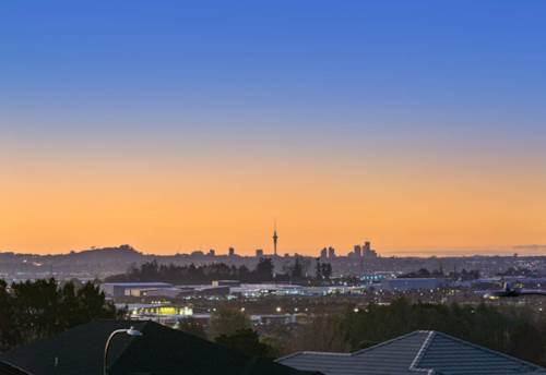 Flat Bush, GOLDEN OPPORTUNITY, DREAM SECTIONS WITH VIEWS, Property ID: 797959 | Barfoot & Thompson