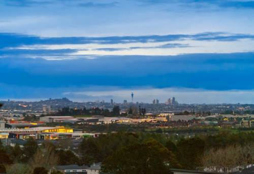 Flat Bush, GOLDEN OPPORTUNITY, DREAM SECTIONS WITH VIEWS, Property ID: 797929 | Barfoot & Thompson