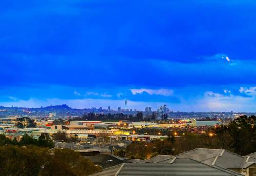 Flat Bush, GOLDEN OPPORTUNITY, DREAM SECTIONS WITH VIEWS, Property ID: 797763 | Barfoot & Thompson