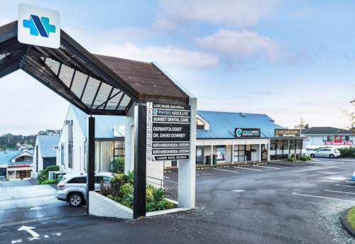 Windsor Park, ROAD FRONT MEDICAL OR PROFESSIONAL OPPORTUNITY, Property ID: 84744 | Barfoot & Thompson