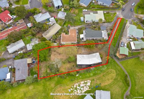 Mt Wellington, House at handy location on a 1631m² huge land, Property ID: 797575   Barfoot & Thompson