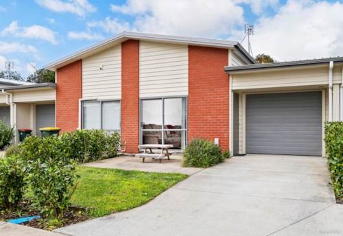 Papakura, First Home Buyers / Investors - Be Quick, Property ID: 798322 | Barfoot & Thompson