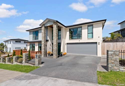 Millwater, Superb Family Home With Sea Views In Millwater, Property ID: 798341   Barfoot & Thompson