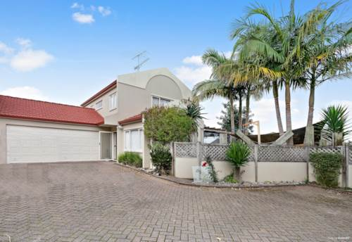 Papakura, Adorable family home- sure to impress, Property ID: 798383 | Barfoot & Thompson