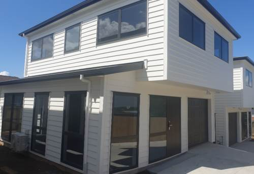 Wattle Downs, Brand New Family Home with Top Location, Property ID: 798455   Barfoot & Thompson