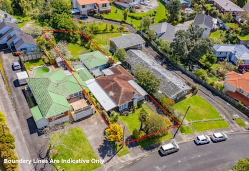 Mt Roskill, Home & Income on 969m2 Freehold Section, Property ID: 798608   Barfoot & Thompson