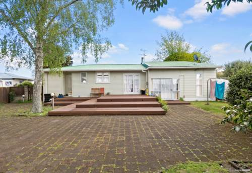 Papakura, Don't be Limited by your Imagination!, Property ID: 797931 | Barfoot & Thompson