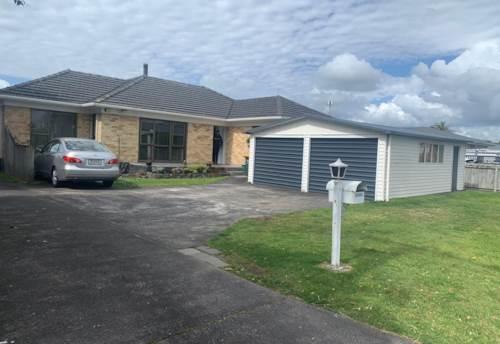Papakura, Solid Brick Paradise, Property ID: 798271 | Barfoot & Thompson