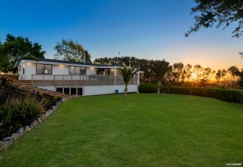 Tuakau, URGENT AUCTION! - NEWLY RENOVATED HOME IN THE COUNTRY, Property ID: 798466 | Barfoot & Thompson
