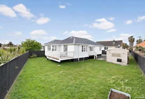 Mt Roskill, Great Opportunity... Don't Miss Out., Property ID: 798831 | Barfoot & Thompson
