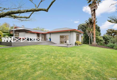 Waiuku, Better than New...., Property ID: 799048 | Barfoot & Thompson