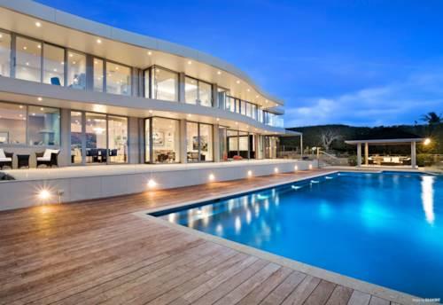 Farm Cove, Luxurious, Modern, Grand Design in Farm Cove, Property ID: 797803 | Barfoot & Thompson
