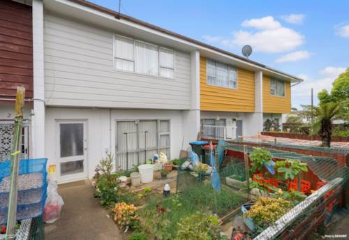 Otahuhu, Leapfrog the first rung on the property ladder!, Property ID: 798953 | Barfoot & Thompson
