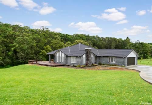 Te Kauwhata, RURAL EXECUTIVE HOME, Property ID: 799015 | Barfoot & Thompson