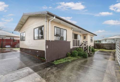 Manurewa, DO UP PROJECT WITH POTENTIAL, Property ID: 799537 | Barfoot & Thompson