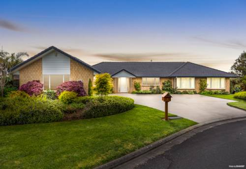 Pukekohe, A TOUCH OF CLASS, Property ID: 799300 | Barfoot & Thompson