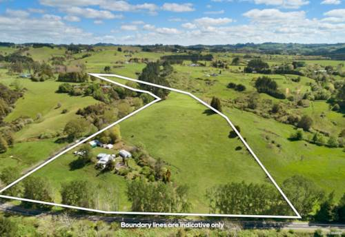 Hunua, Country Living with Sheds on 15 acres, Property ID: 799299 | Barfoot & Thompson