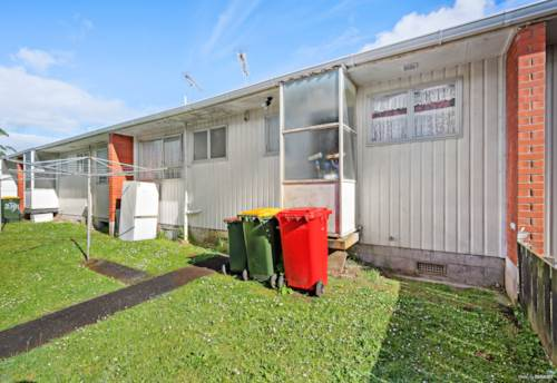 Manurewa, AFFORDABLE OPPORTUNITY, DON'T MISS OUT, BUY ONE OR BUY THREE, Property ID: 799463 | Barfoot & Thompson
