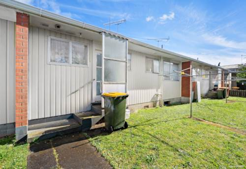 Manurewa, AFFORDABLE OPPORTUNITY, DON'T MISS OUT, BUY ONE OR BUY THREE, Property ID: 799467 | Barfoot & Thompson