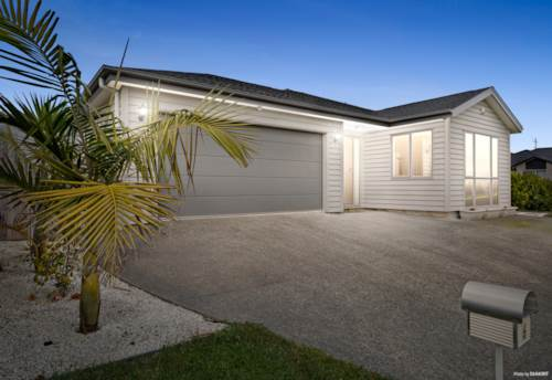 Huapai, Space in Spades!, Property ID: 799854 | Barfoot & Thompson
