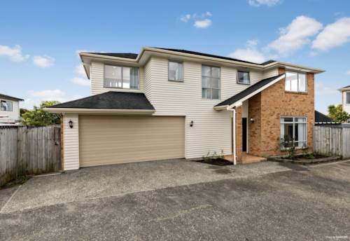 Howick, Hurry to Howick, Property ID: 799888 | Barfoot & Thompson