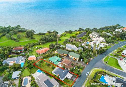Murrays Bay, Amazing Seaview! Large Section! Options Galore!, Property ID: 799573 | Barfoot & Thompson