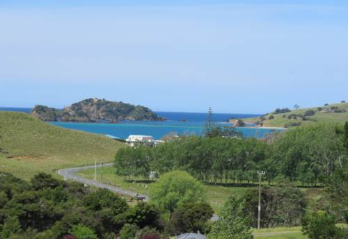 Whangaruru, Close to beach and Harbour - Bland Bay, Property ID: 799161 | Barfoot & Thompson