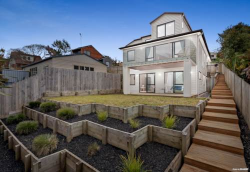 Half Moon Bay, Luxurious Park-side Lifestyle, Property ID: 799750 | Barfoot & Thompson
