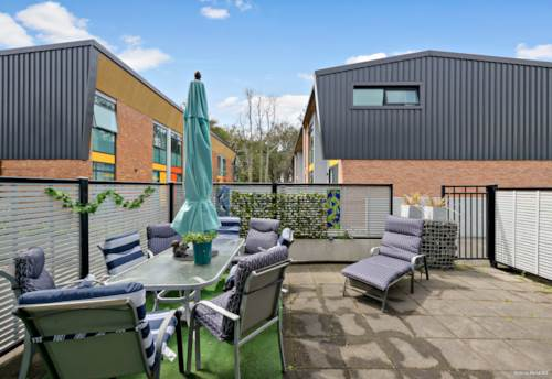 Flat Bush, Easy Affordable Living!, Property ID: 799847 | Barfoot & Thompson