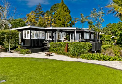 Greenhithe, Your Private Retreat - Loaded with Potential, Property ID: 800077 | Barfoot & Thompson