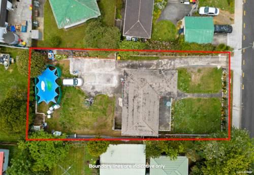 Papakura, Short Auction- Developer Delight on 911sqm  in Suburban Zone, Property ID: 799739 | Barfoot & Thompson