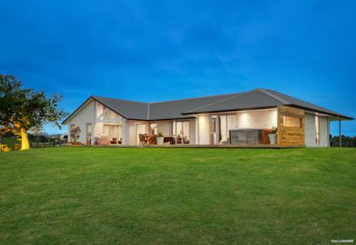 Ramarama, Lifestyle with 360 degree views, Property ID: 799141 | Barfoot & Thompson