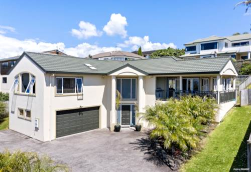West Harbour, Stunning Views, Fabulous Location, Property ID: 799489   Barfoot & Thompson