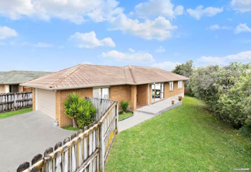 Papakura, Affordable Home - Perfect For Starters / Investors, Property ID: 799729 | Barfoot & Thompson