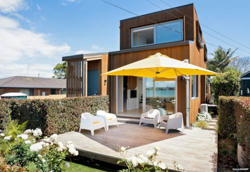 Panmure, Virtually on the Water's Edge, Property ID: 799500 | Barfoot & Thompson