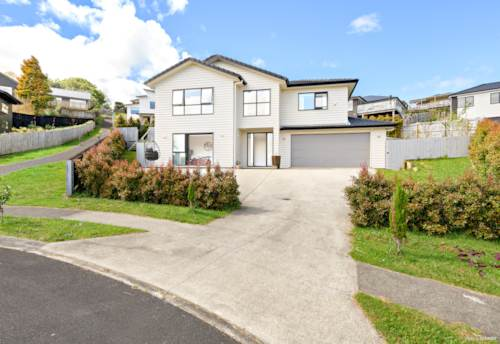 Pukekohe, Elevated North facing Beauty!, Property ID: 800441 | Barfoot & Thompson