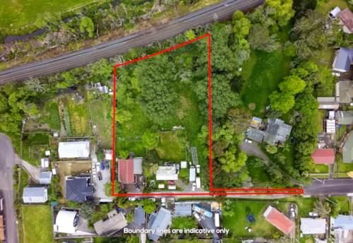 Papakura, Mixed Housing Urban Zone  -  5077 m², Property ID: 799479   Barfoot & Thompson