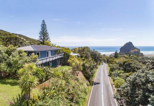 Piha, Supersized Home With Ocean Views, Property ID: 799914 | Barfoot & Thompson
