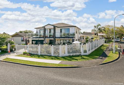 Papatoetoe, Great family home in a top location, Property ID: 800024 | Barfoot & Thompson