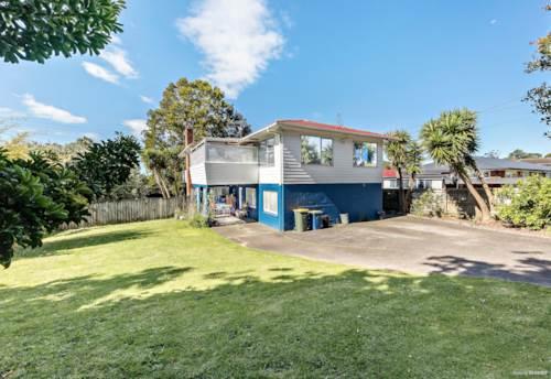Te Atatu South, Calling All Developers/Investors - 938sqm Land Banking, Property ID: 800190   Barfoot & Thompson