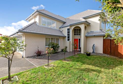 Northpark, Freehold, Renovated Family Gem in Quiet Cul-De-Sac, Property ID: 799580 | Barfoot & Thompson