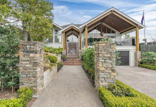 Remuera, Lodge-style living in the heart of Remuera, Property ID: 800620 | Barfoot & Thompson
