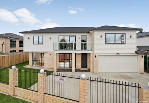 Manukau, A DREAM COME TRUE IN A PERFECT LOCATION, Property ID: 800622 | Barfoot & Thompson