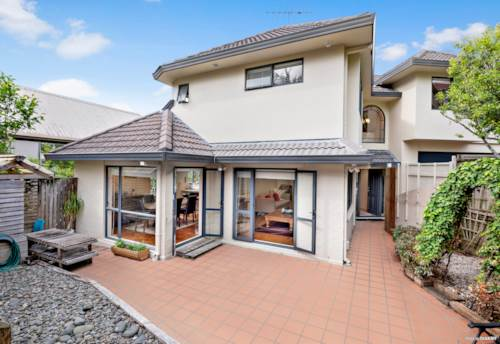 Remuera, GRAMMAR ZONE CONVENIENCE ON ORAKEI, Property ID: 800288 | Barfoot & Thompson