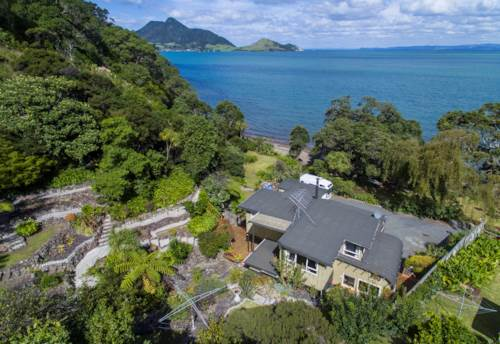 Whangarei Heads, This is a lot of house for the money, Property ID: 800766 | Barfoot & Thompson