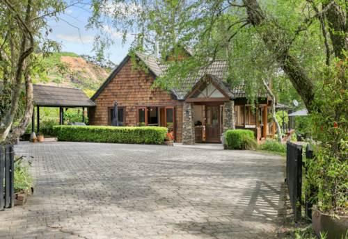 Waimauku, 22 Acre Delight, Property ID: 800705 | Barfoot & Thompson