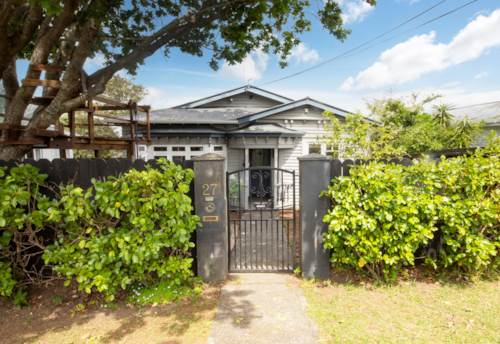Glen Eden, Sweet Temptation....Your First Love!, Property ID: 800720 | Barfoot & Thompson