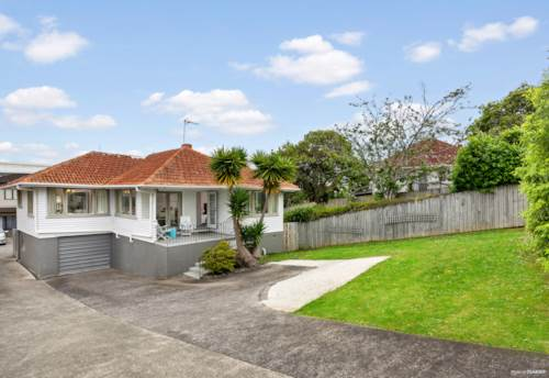 Ellerslie, HOME IN TIME FOR CHRISTMAS, Property ID: 800694 | Barfoot & Thompson